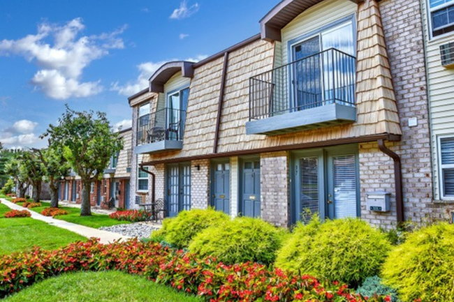 Cedar Brook Apartments - 70 Reviews | Pine Hill, NJ