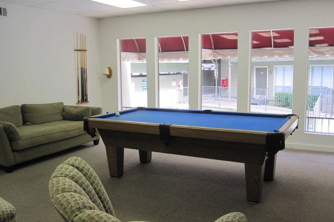 Carlisle On The Katy Trail Reviews Dallas TX Apartments For - Pool table movers katy tx